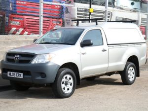 TOYOTA HILUX HL2 4X4 SINGLE CAB (2006)