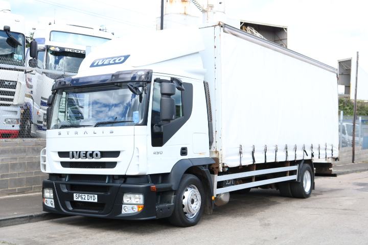 IVECO STRALIS 450 4X2 CURTAIN (2013)